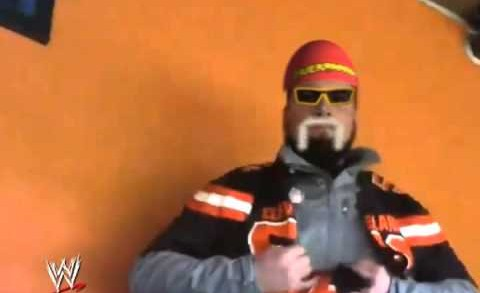 Browns Fan Goes Full Hulkamania